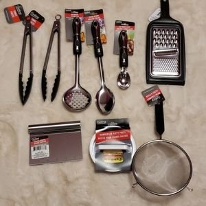 Kitchen Utensils Set of 9 Black and Silver